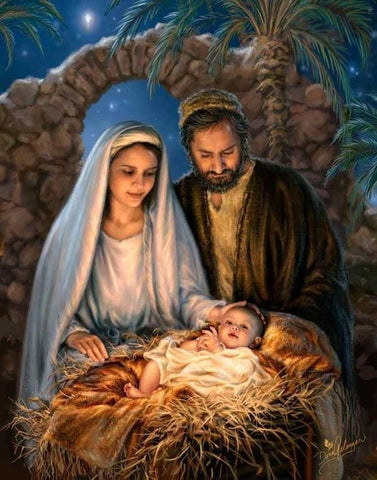 It is believed that on 25th December, Jesus Christ was born to Mother Mary. The Roman Emperor Constantine declared this day to be celebrated everyday.