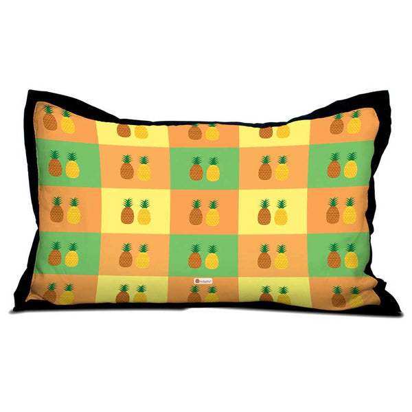 Pineapple Fruits on Colorful Checkered Background Pillow Cover