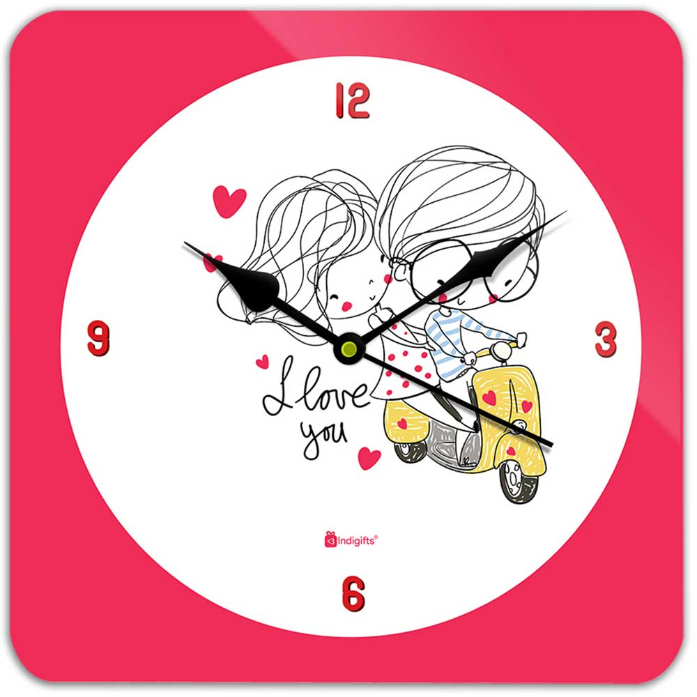 Indigifts Romantic Couple On A Ride White Wall Clock