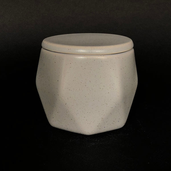 [color] e.baran - Limited Edition Handmade Pottery Candle - Hex Mug - White Patchouli [variant]