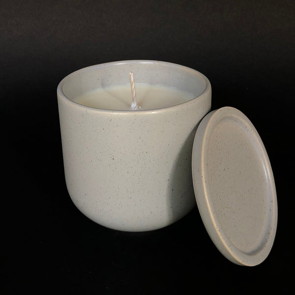 [color] e.baran - Limited Edition Handmade Pottery Candle - Tumbler - White Patchouli [variant]