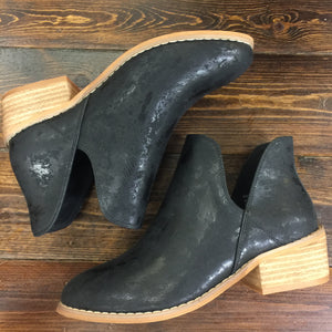Black Metalic Boots