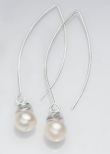 Acorn White Pearl Necklace