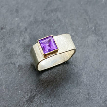 Load image into Gallery viewer, Amethyst Bezel Ring Size 7.5-8