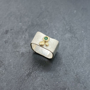 Emerald Bezel Ring Size 6
