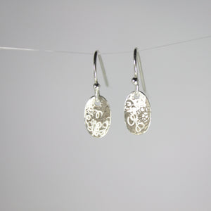 Small Oval Scribble Disc Earrings