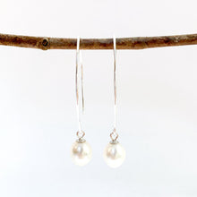 Load image into Gallery viewer, Pearl Drop Earrings