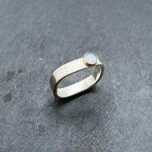 Load image into Gallery viewer, Opal Bezel Ring Size 6