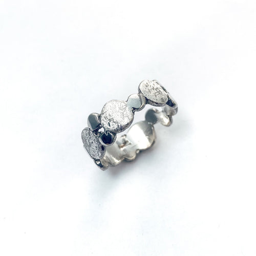 Silver Pebble Scribbled Ring