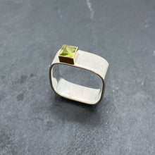 Load image into Gallery viewer, Peridot Bezel Ring Size 11-11.5
