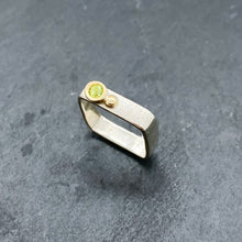 Load image into Gallery viewer, Peridot Bezel Ring Size 7.5