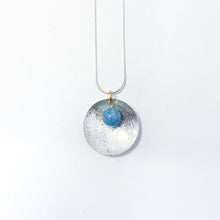 Load image into Gallery viewer, Scribbled Disc Necklace
