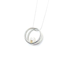 Load image into Gallery viewer, Balanced Double Ring Necklace