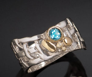 Woven Basket Gold Cluster Ring with Blue Topaz
