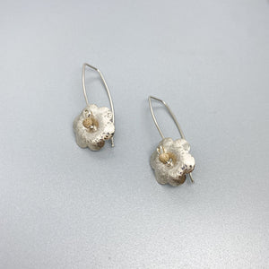 Scribbled Flower with Gold Earrings