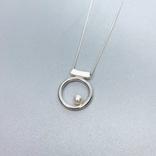 Load image into Gallery viewer, Pearl Orbit Slider Necklace