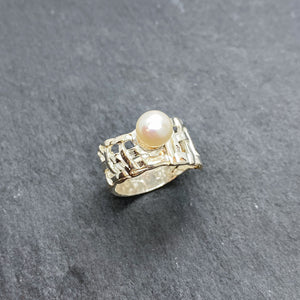Woven Basket Pearl Ring