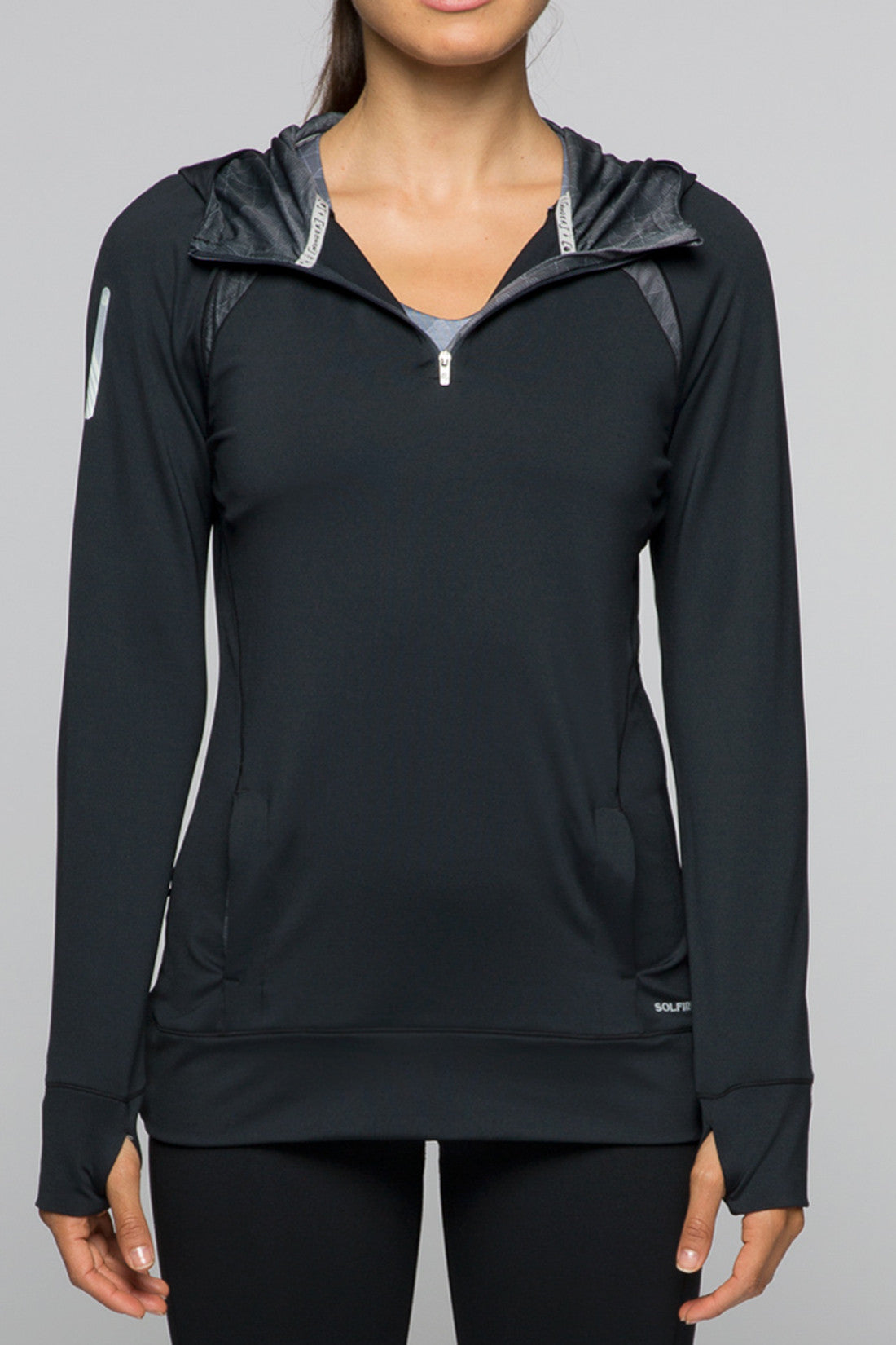 Accelerate 1/4 Zip - Jet Black
