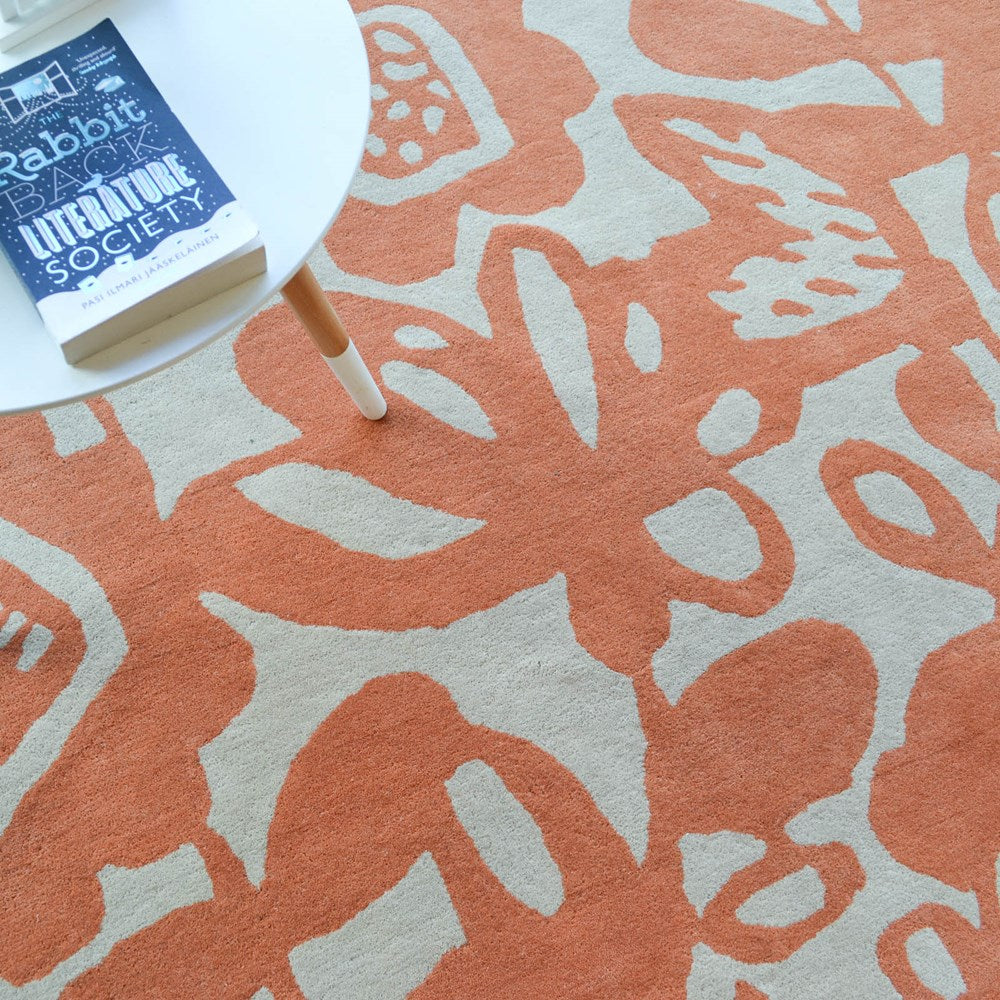 Scion kukkia rugs 24500 in satsuma