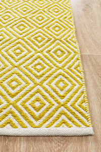 Spirit Diamond Yellow Rug