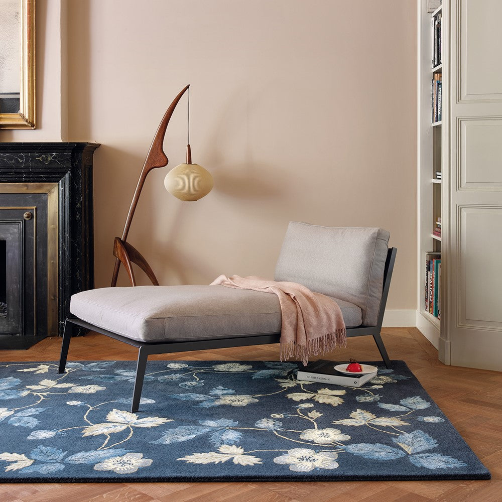 Wild Strawberry Rugs 38118 in Navy by Wedgwood