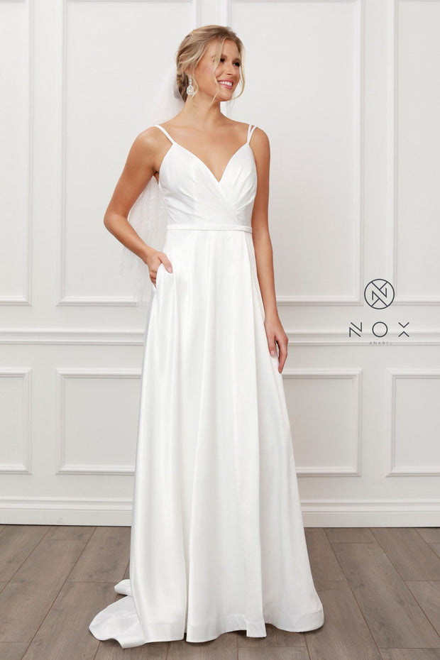 Long Sleeveless Satin Dress by Nox Anabel E484