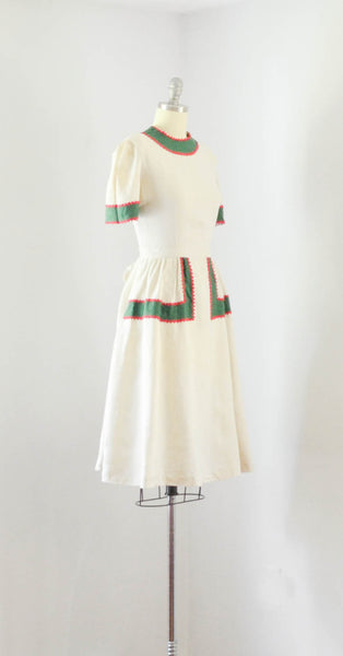 vintage 1940's linen color block dress ivory green red short sleeve 40s forties mid gingerbread 1930s 30s thirties concettas closet fashion style 1