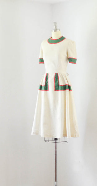 vintage 1940's linen color block dress ivory green red short sleeve 40s forties mid gingerbread 1930s 30s thirties concettas closet fashion style 2