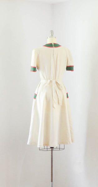 vintage 1940's linen color block dress ivory green red short sleeve 40s forties mid gingerbread 1930s 30s thirties concettas closet fashion style 3
