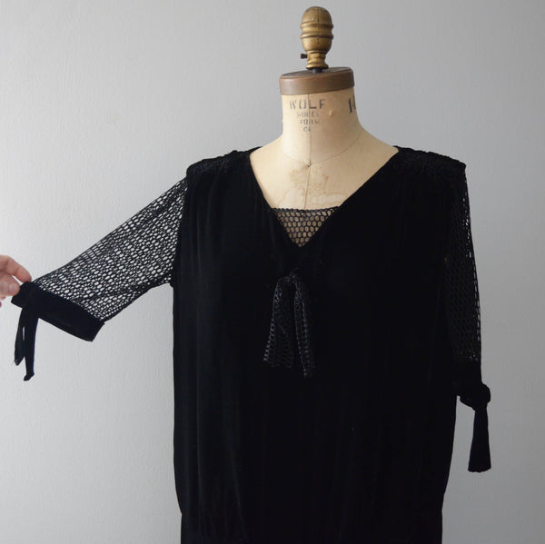 vintage 1920's black silk velvet fishnet dress goth gothic size  medium large flapper concettas closet fashion style timeless antique clothing 5