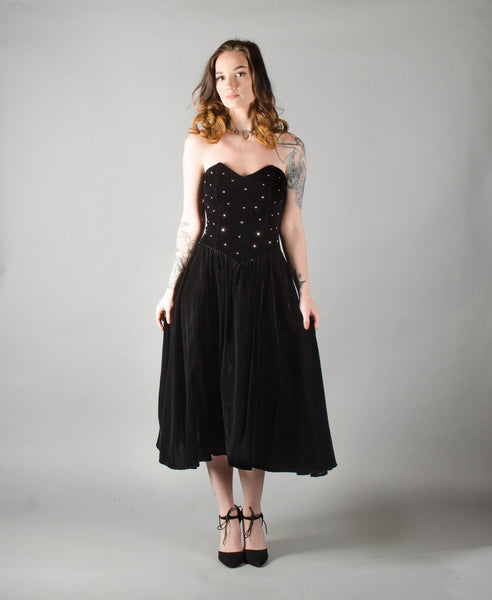 vintage 1950s style strapless black velvet party dress extra small xs fit flare cocktail prom full skirt 80s 1980s eighties 1950s 50s fifties concettas closet 1