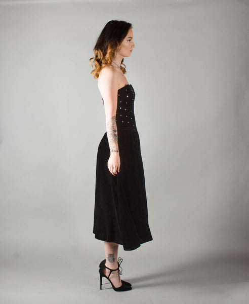 vintage 1950s style strapless black velvet party dress extra small xs fit flare cocktail prom full skirt 80s 1980s eighties 1950s 50s fifties concettas closet 3