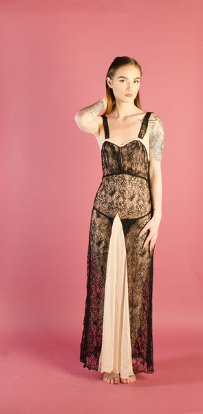 vintage 1930s black lace lingerie nightgown negligee pink chiffon extra small xs 30s thirties vamp goth gothic art deco oppenheim old hollywood glamour glam fashion style concettas closet 1