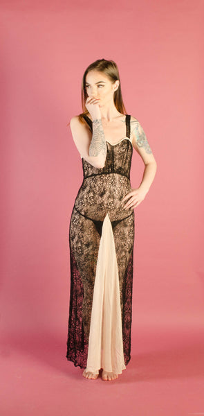 vintage 1930s black lace lingerie nightgown negligee pink chiffon extra small xs 30s thirties vamp goth gothic art deco oppenheim old hollywood glamour glam fashion style concettas closet 3