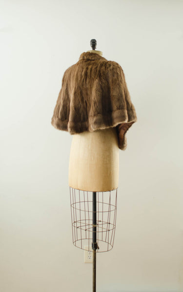 vintage 1940s brown rabbit fur stole cape caplet winter fall fashion bride wedding bridal outdoor 40s forties classic timeless fashion style concettas closet small medium 2