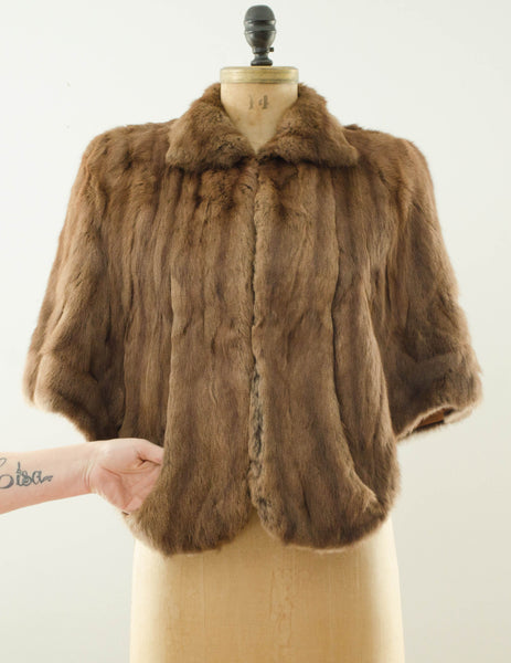 vintage 1940s brown rabbit fur stole cape caplet winter fall fashion bride wedding bridal outdoor 40s forties classic timeless fashion style concettas closet small medium 6