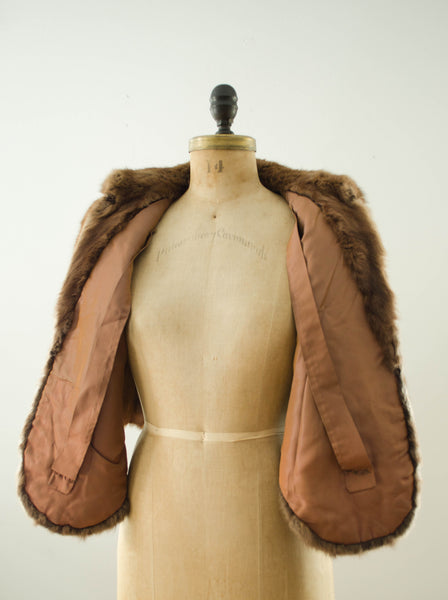 vintage 1940s brown rabbit fur stole cape caplet winter fall fashion bride wedding bridal outdoor 40s forties classic timeless fashion style concettas closet small medium 5