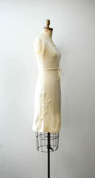 vintage 1950's ivory chenille wool knit sweater dress short sleeve white 50s fifties mid century rockabilly fall fashion style concettas closet 3