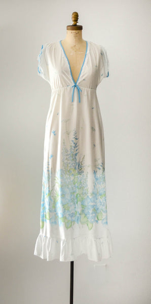 vintage 1960's aqua blue floral print nightgown summer spring white sexy pretty feminine concettas closet fashion style small medium