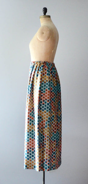 vintage 1970s geometric print maxi skirt long polygon green teal orange yellow medium small 70s seventies mod bohemian hippie fashion style concettas closet 2