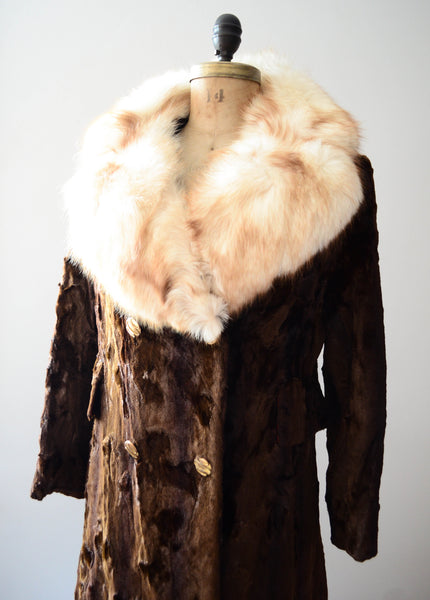 vintage 1970's crushed velvet coat fox fur collar 70's seventies disco hippie brown white medium small concettas closet fashion style 1