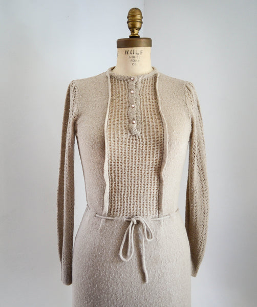 vintage 1970's knit deco style dress 30s 1930s 70s 1970's small medium beige neutral brown tan oatmeal  long sleeves sweater dress concettas closet fashion style 4