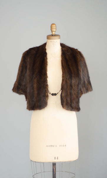 vintage 1950s brown mink fur stole cape caplet fifties 50s wedding bridal fur cape concettas closet portsmouth nh new hampshire