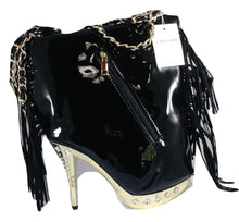 The Stiletto Purse