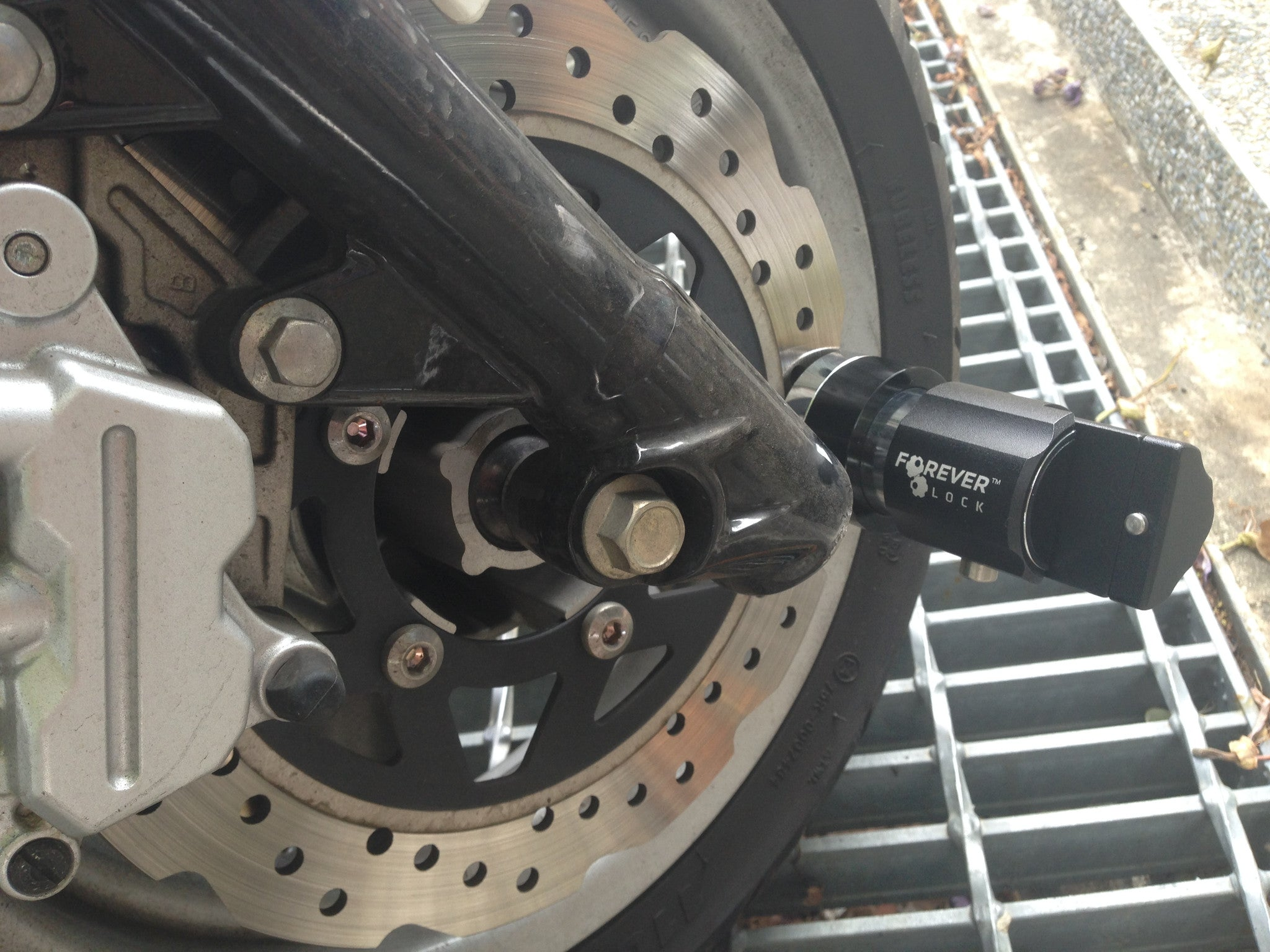 V.2 Motorcycle Disc Lock - BLACK