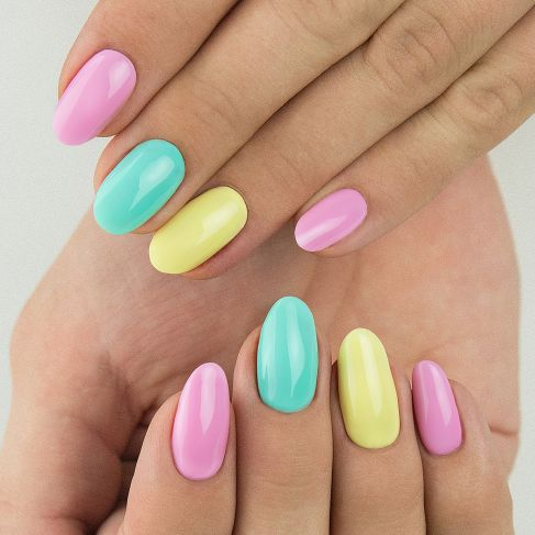 "023 Banana - Semilac Soak Off Gel / Hybrid Nail Polish - ""Tropical Drinks"" Collection - SemilacUSA"