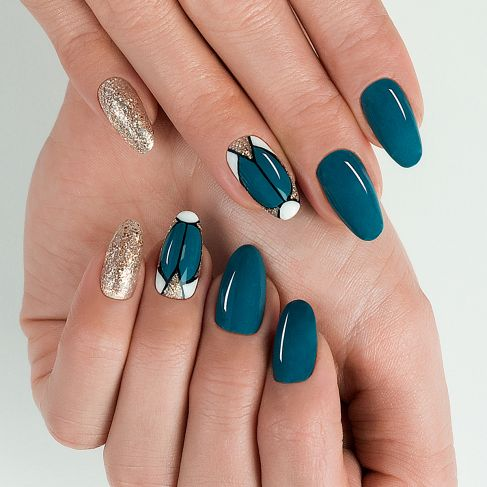 "526 TEAL - Semilac Soak Off Gel / Hybrid Nail Polish - ""Legendary Six"" Collection - SemilacUSA"