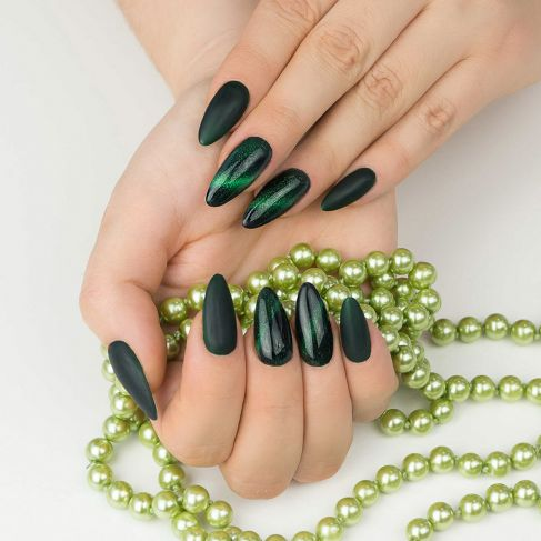 "634 GREEN Semilac Cat Eye 3D - Soak Off Gel / Hybrid Nail Polish - ""Cat Eye"" Collection - SemilacUSA"