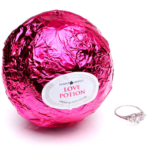 Image of Love Potion Candle Travel Tin & Bath Bomb Gift Set