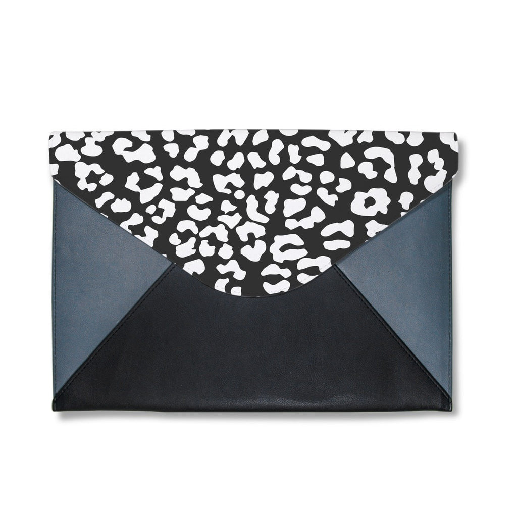 Black Leopard Pattern Envelope Clutch
